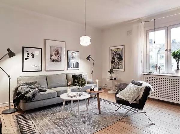 清淡的色系、自然的素材、多彩的家具,让在外辛勤工作一天的主人,回到家就可以享受恬静的家庭氛围,体会舒缓的生活情调。北欧风格常见的一些要素,简单六步教大家打造?#31354;?#21271;欧家。   一、?#25104;?#22320;板      ▲并不一定使用木地板,颜色尽量偏浅。      ▲不同于国内的拼?#25317;?#26495;,这张图里使用了长板。      ▲以温润的?#25104;?#26408;?#39280;?#20027;。虽然看上去不耐脏,但的确可以创造出比深色地板更低压的环境。   二、原木家具      ▲和日式风格一样,北欧风也特别引入了自然木色的