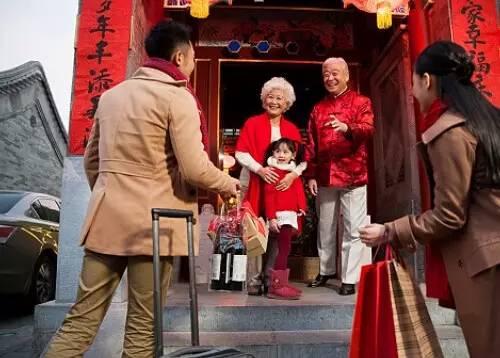 过年除了春节防身术,有什么能抵挡七大姑八大姨?