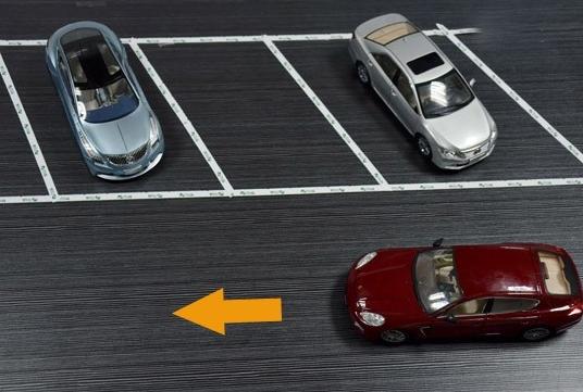 图解倒车入库技巧之斜线型停车攻略